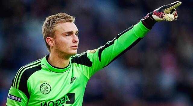 Biodata Jasper Cillesen sebagai Pemain Sepak Bola Junior Bersama Ajax Amsterdam