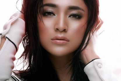 Biodata Marshanda serta Profil Biografi Aktor Sinetron Orang Ketiga SCTV Dilengkapi Riwayat Hidup Singkat dan Karier Pendidikan Lengkap